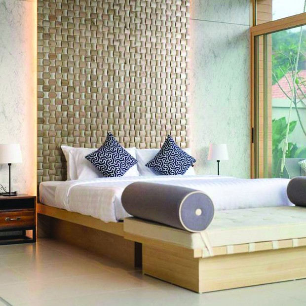 Tête de lit avec panneau bois LAGOS
